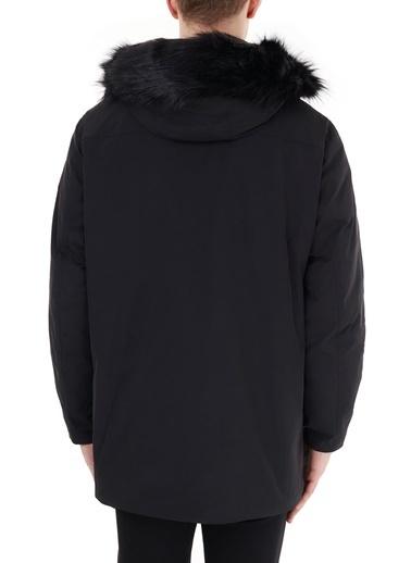 Armani Exchange Armani Exchange 6Hzk39 Znnyz 1200 Suni Kürk Kapüşonlu Dik Yaka Uzun Kol Polyester Cepli Erkek Kaban Siyah